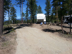 Beautiful Lot With 5th Wheel in Eureka, Montana