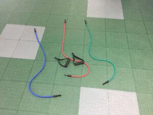 3 élastiques interchangeables avec une paire de poignée