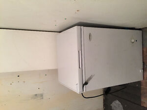 Almost new mini freezer