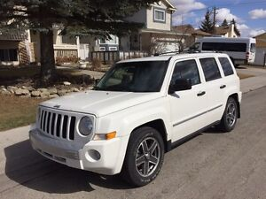 Jeep Patriot Limited | 2.4L | Leather