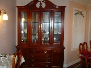 Solid Cherry Queen Anne Dining Set