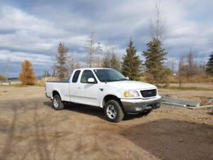 Ford F-150 2002 4X4 XLT Super Cab - White (NO Rust)