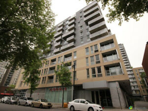 4 1/2 condo in Le Seville downtown for rent available Sep 1st