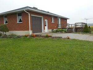 Large Bungalow in Country with Large Yard on Paved Main Road Stratford Kitchener Area image 2