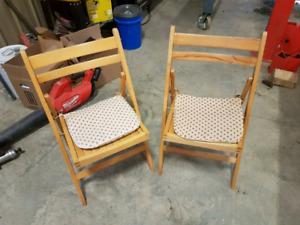 Super cool vintage wood folding chair mint condition