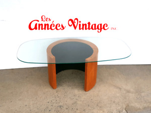 Tables RS Mtl Teck Mid Century Teak Tables