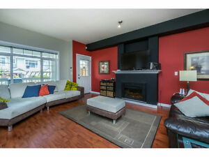 Townhouse for Sale in Cloverdale, Clayton area - INDIGO Complex