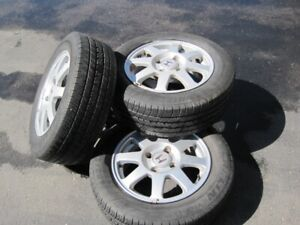 Honda Rim and all season Tires x 4