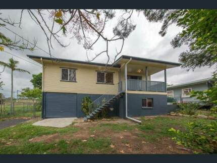 2 x Houses perfect for Commercial Development (3061m2 Parcel)