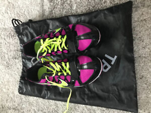 Women's track spikes