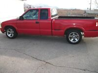 2001 GMC Sonoma Pickup Truck really nice truck easy to drive