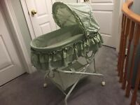 Slightly Used Bassinet in like new condition