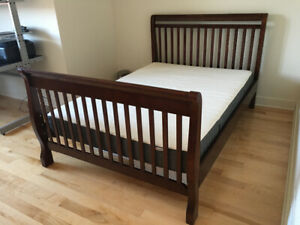 Base de lit double / Double Bed Frame