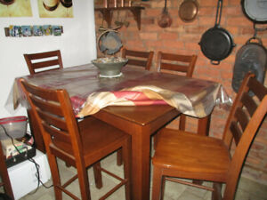 dining table &six chairs