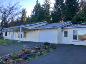House for rent in Qualicum Beach.  2 br 2 b w adj 1 br 1 b suite