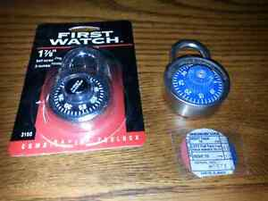 2 NEW COMBINATION LOCKS NEVER USED$5.00 FOR BOTH Windsor Region Ontario image 1