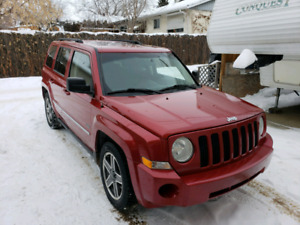 2009 Red Jeep Patriot 4x4 Rocky Mountain Edition