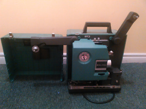 Vintage Bell & Howell 1592 16mm Film Projector