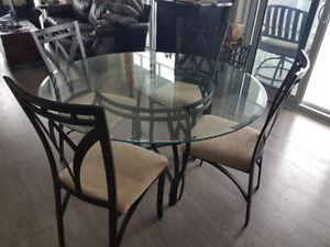 Glass Dining Room Table;  6 chairs