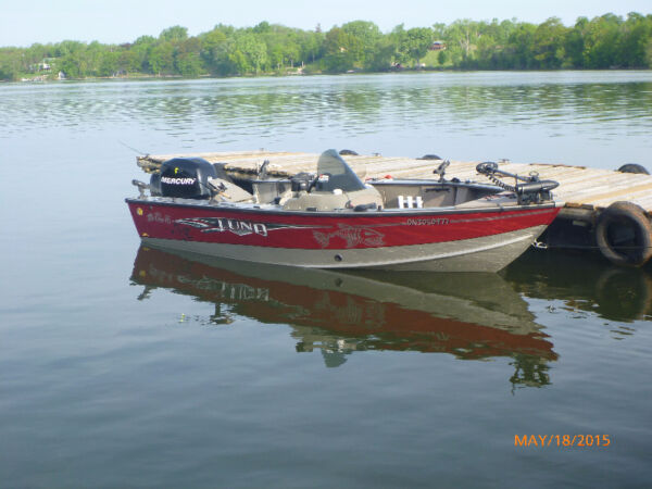Used 2001 Lund Boat Co Mr Pike 16
