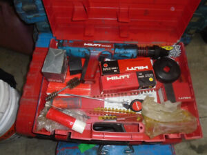 Cloueuse a beton HILTI DX 351 (ramset) en excellente condition