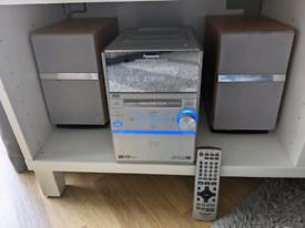 Panasonic SA-PM39D Hi-Fi / DVD Player