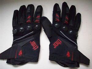 1 pair of Thor Motocross/Motorcycle gloves Mens Medium