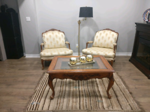 Accent chairs and coffee table