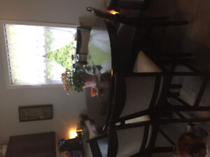 Pub style, solid wood, 6 seat dining set