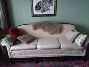 Antique or at least vintage Mahogany Couch