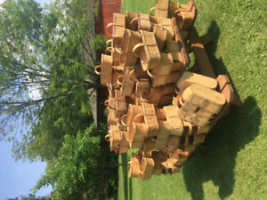 4 and 6 quart wooden baskets used