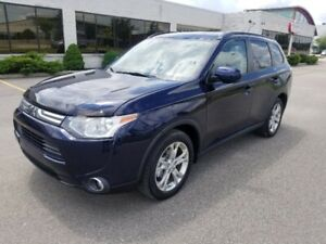 2015 Mitsubishi Outlander 4X4 Leather 4 Cylinder SUV, Crossover
