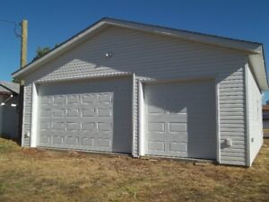 FOR SALE: LOT AND GARAGE, Oyen, AB