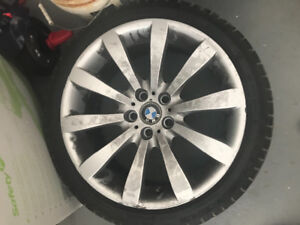2011 ..550i BMW RIMS WITH TIRE.