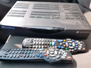 Cogeco Receiver with 2 remotes