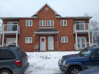 10 1/2 to rent at lennoxville