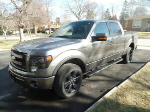 2014 Ford F-150 FX4 Super Crew, LOW KM