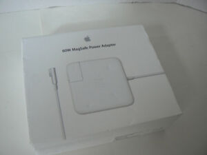 Apple 60W Magsafe Power Adapter for Macbook (MC461LL/A), like ne