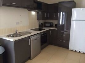 MODERNISED TOWN HOUSE WITH ROOMS TO LET