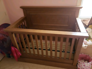 Pali Crib Real Wood Made in Canada