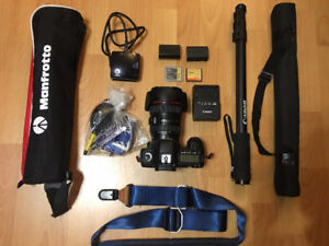 (Bundle sales) Canon 5D Mark II, 24-105mm and more...