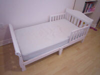 Solid Wood White Delta Canton Toddler Bed