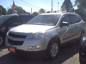 2010 Chevrolet Traverse LS SUV, Crossover