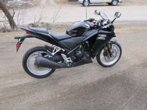 motorcycle Honda cbr 250 2011 for sale