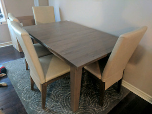 Dining room table, extendable