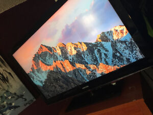 """Samsung 46"""" LCD TV with free HDMI Cable"""