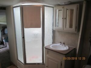 27.5 foot Adirondack Fifth Wheel RV