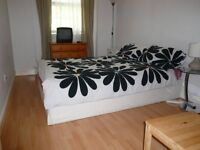 **Large Single Room in Renovated Flat in Kings Cross, ALL BILLS INCLUDED !! **