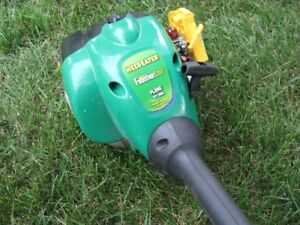 Weedeater Feather Lite FL 25