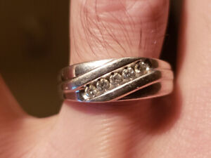 Diamond Rings From Mappins Buy New Used Goods Near You Find
